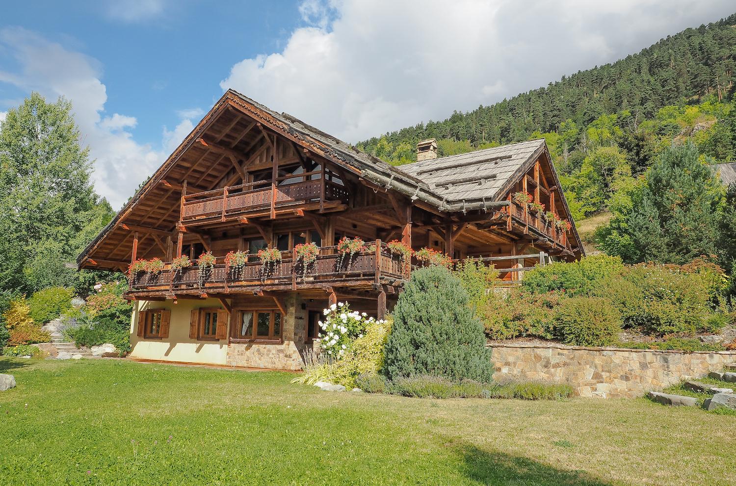 15/Chalet Grande Ourse/Chalet-luxe-serre-chevalier-grande-ourse.jpg