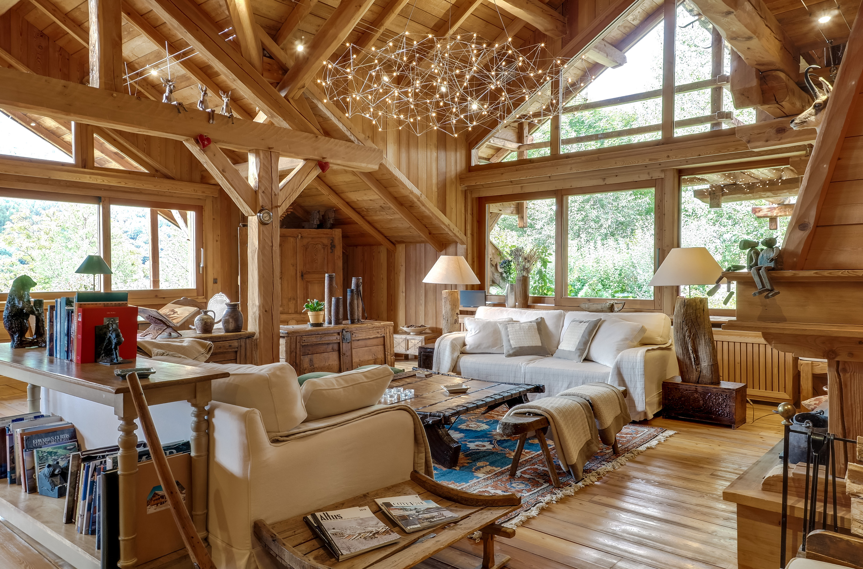 15/Chalet Grande Ourse/salon-chalet-luxe-serre-che.jpg